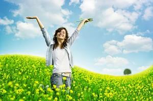 happy-woman-in-a-field